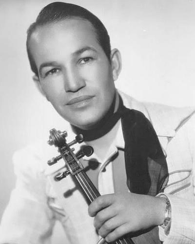 Спейд Кули (Spade Cooley) - американский музыкант, актер и телеведущий. Был широко известен в 1940-1960 годах в качестве композитора, занимавшегося написанием саундтреков для вестернов.
