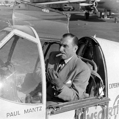 Транспортное средство развалилось надвое, 61-летний Пол Мантц умер на месте, второй пилот оказался тяжело ранен. Специальная комиссия, занявшаяся расследованием инцидента, обнаружила в крови погибшего пилота алкоголь.