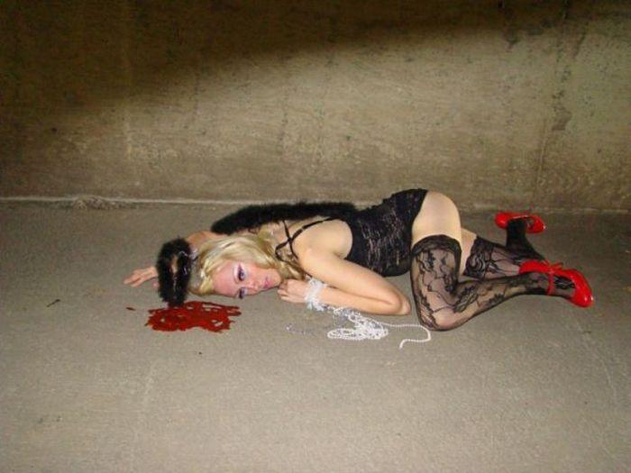 Суровый косплей от уральской девушки (41 фото)