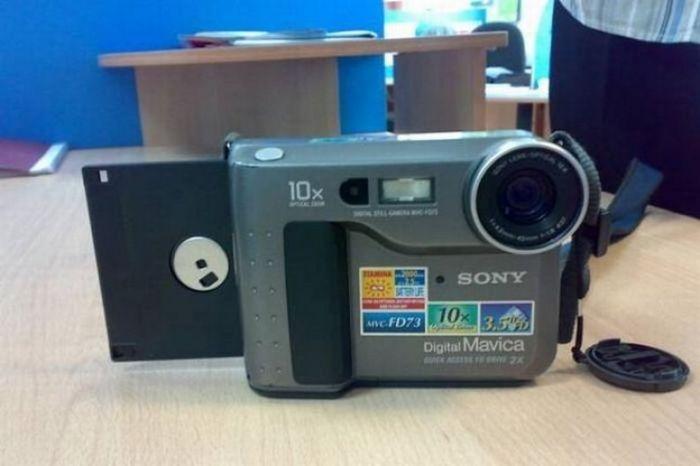 Фотоаппарат, использующий дискеты в качестве памяти (6 фото)