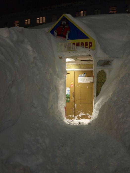 Норильск после аномального снегопада (44 фото)