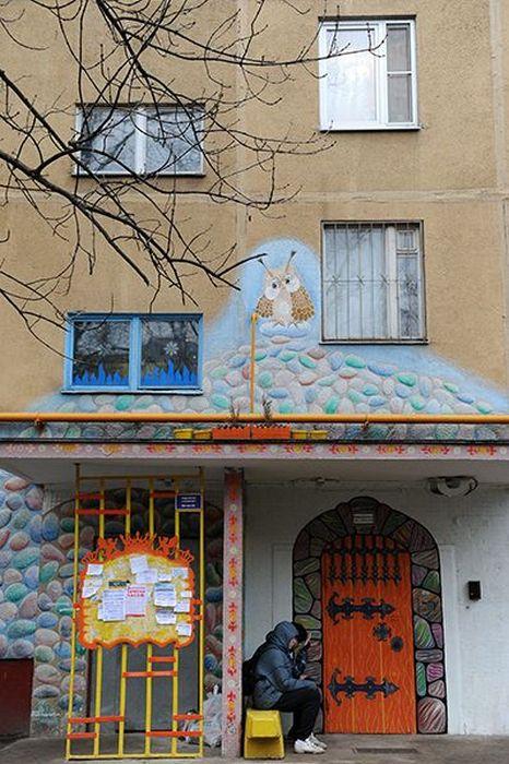Самый необычный московский подъезд (10 фото)
