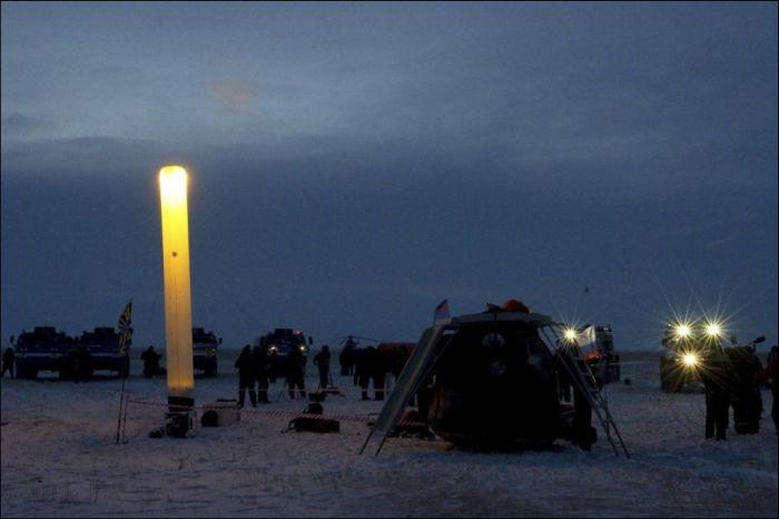 Экипаж «Союз TМА-05М» благополучно завершил миссию (8 фото)
