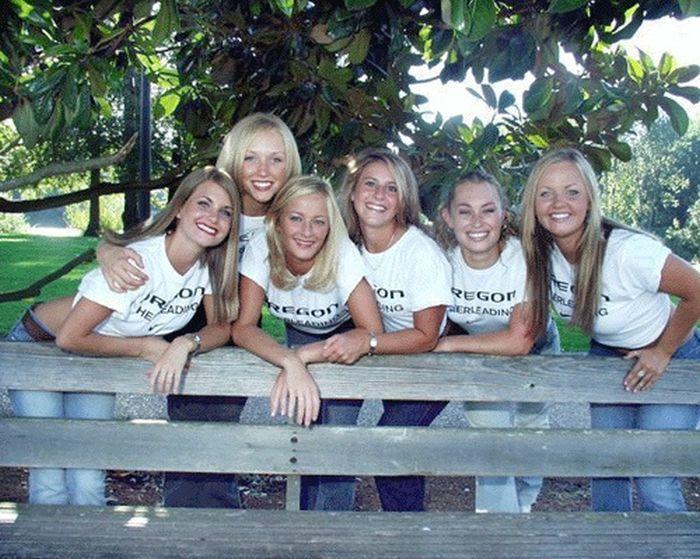 Всегда улыбающиеся девушки-черлидеры (93 фото)
