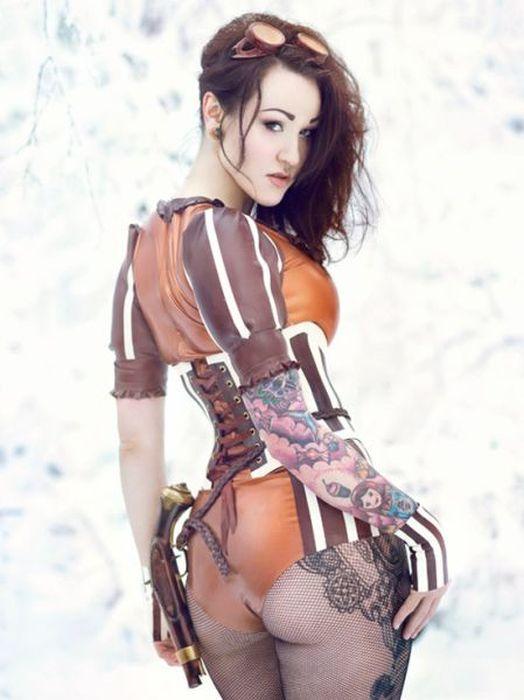 Симпатичные девушки-косплейщицы (31 фото)