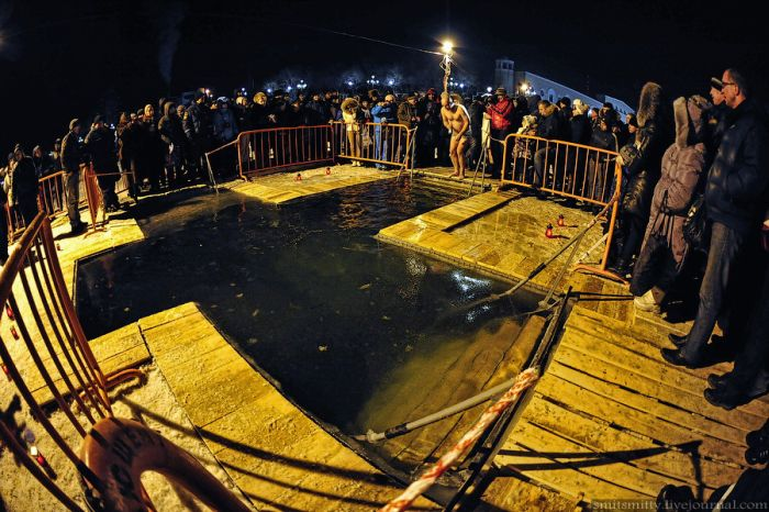 Крещенские купания во Владивостоке (61 фото)
