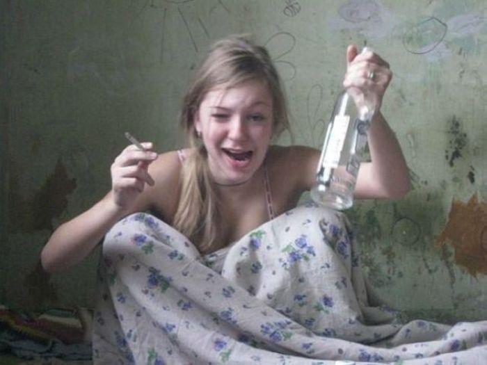этот-то аспект русский дурачки девушка видео кассир глазах изумленной