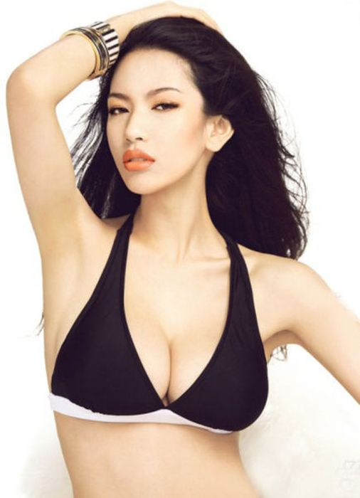 Сексуальные девушки из Азии (55 фото)