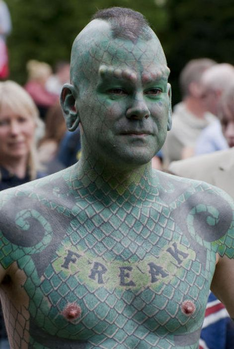Люди, чьи тела изукрашены татуировками (80 фото)