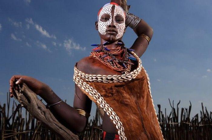 Как живут в африканской глубинке (38 фото)
