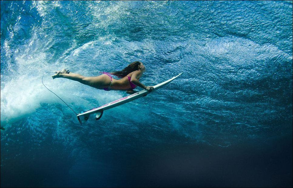 красивых фото девушек-серферов