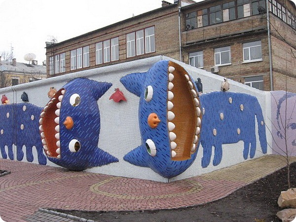 Кот-лавочка и Коты на стене, Киев