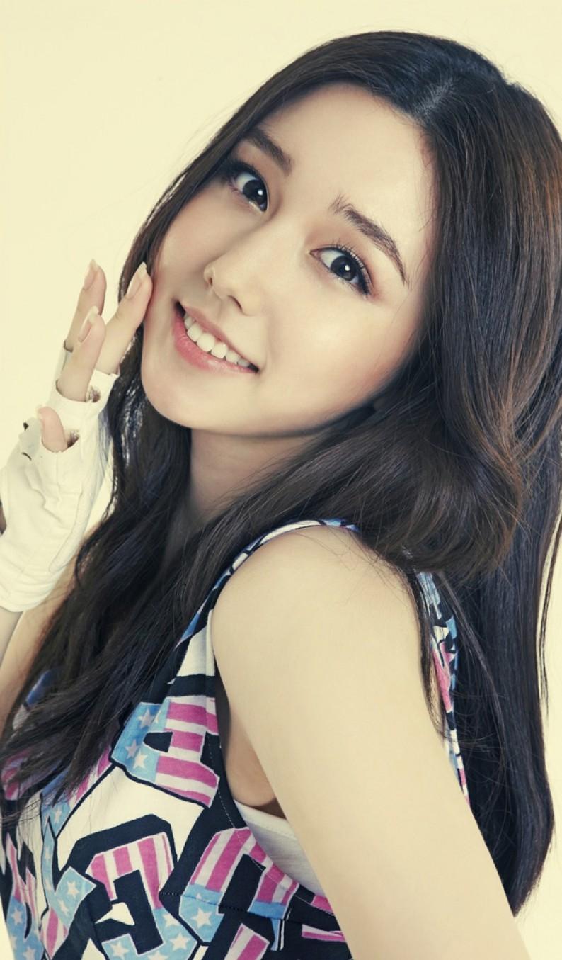 Фото красивой кореянки 3 фотография