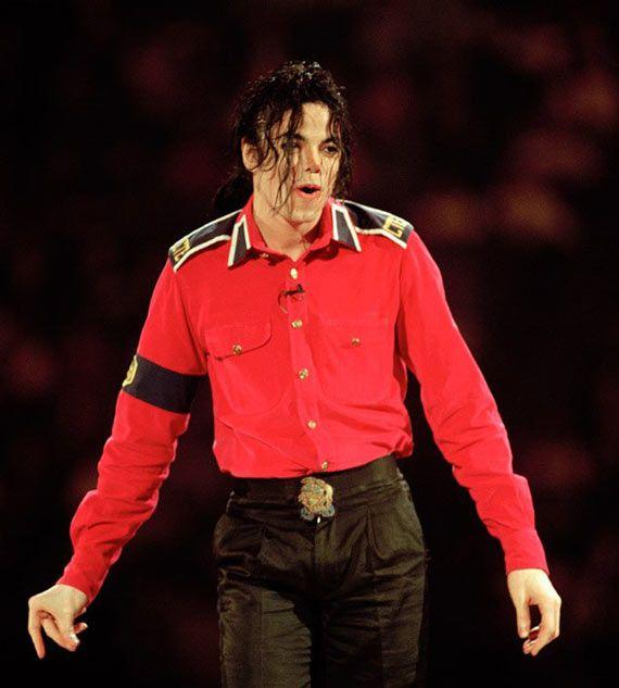 Как менялось лицо Майкла Джексона с годами (16 фото)